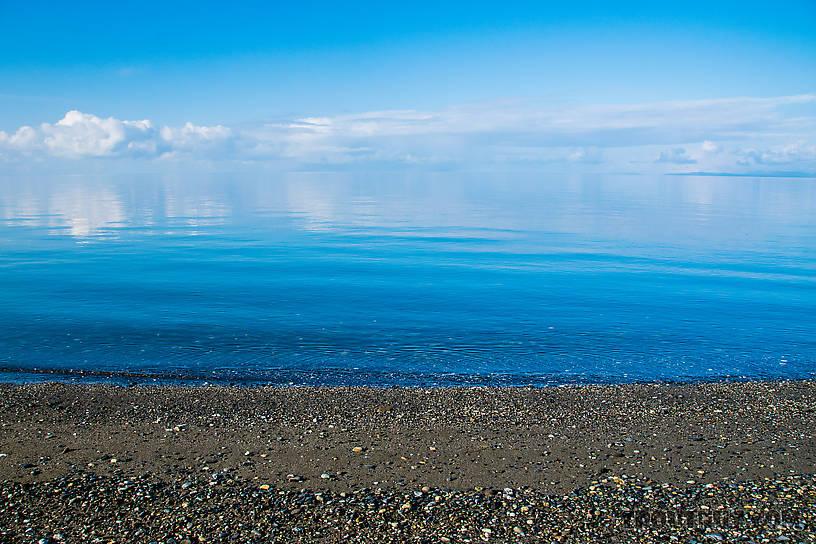 Vanishing horizon in the Chukchi Sea From Kotzebue in Alaska.