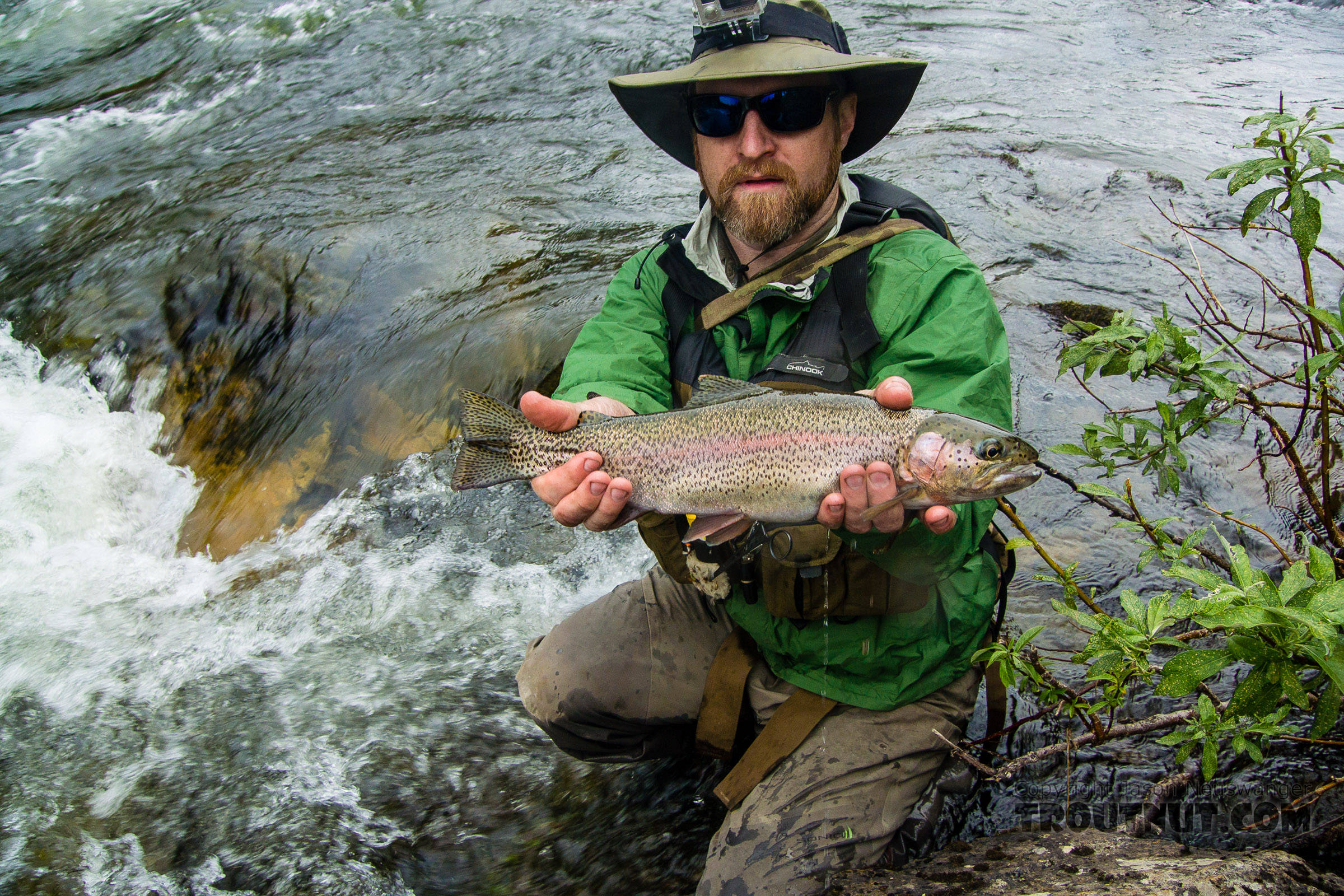The fish really turned on Friday morning, and I caught this very pretty 17-incher From the Gulkana River in Alaska.