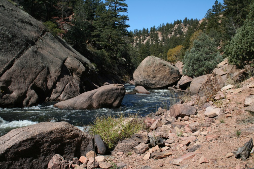 Cheeseman Canyon is full of huge granite boulders