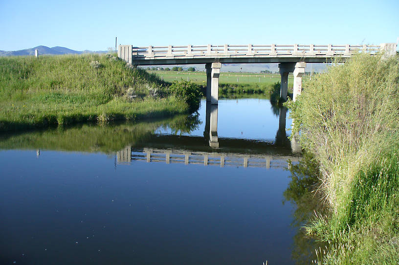 Another view of the same bridge stretch twenty-five years later