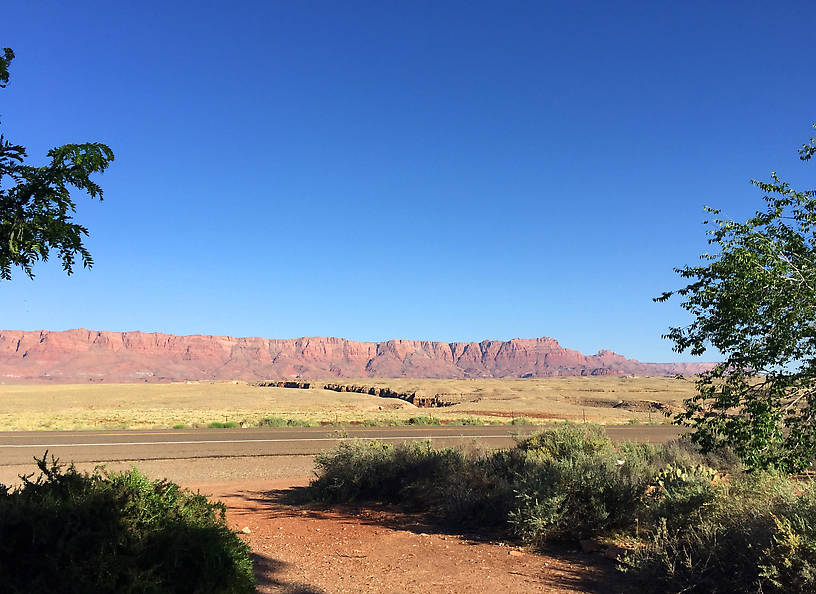 Vermillion Cliffs sans Kayaks.