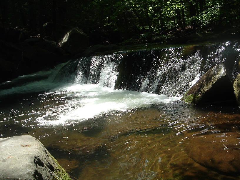 Mini-Waterfall pool